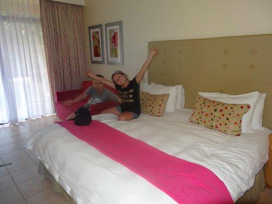 Cabanas, Sun City: Room