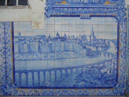 Aveiro Railway Station: azulejos2