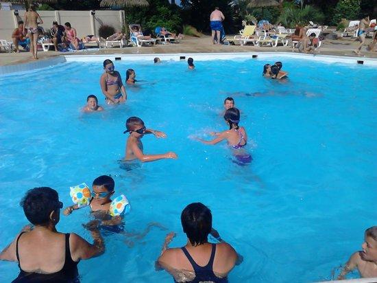 Camping le Ranch : piscine du RANCH