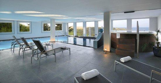 Castel Clara Thalasso & Spa : L'Espace détente (piscine, jacuzzi, hammam)