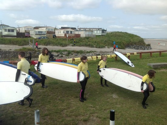 7th Wave Surf School: Surf lesson