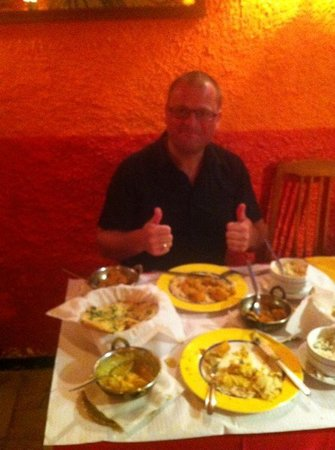 Indian Hut Alvor: Halfway thru my great meal