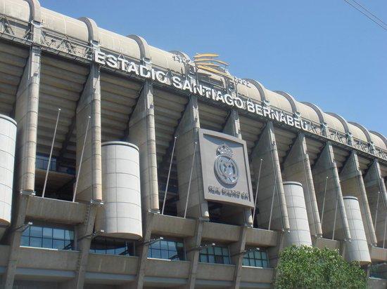 Excelente picture of stadio santiago bernabeu madrid for Puerta 6 santiago bernabeu