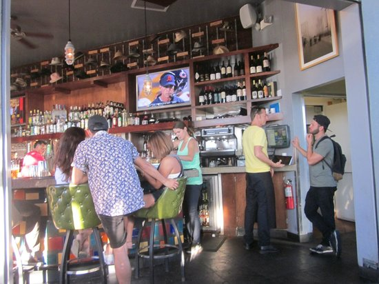 Larry's: The Bar
