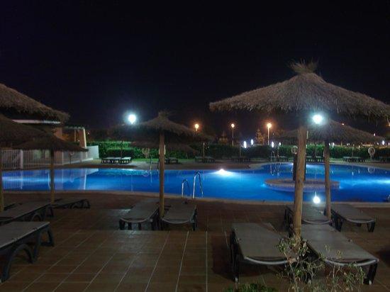 SunConnect Cabogata Garden: piscina