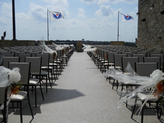 The Oread: Ceremony on 9th terrace