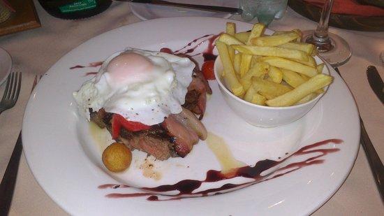 Restaurante do Hotel Carlos Gardel