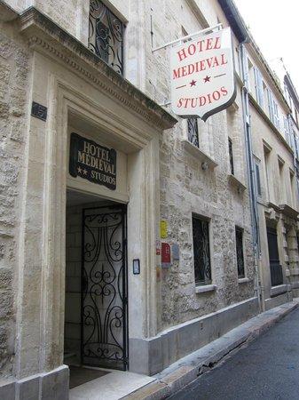 Hotel le Medieval : b