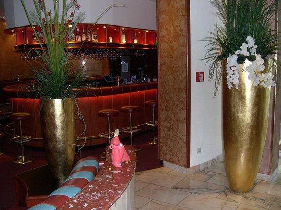 Best Western Parkhotel Weingarten: Lobbybar