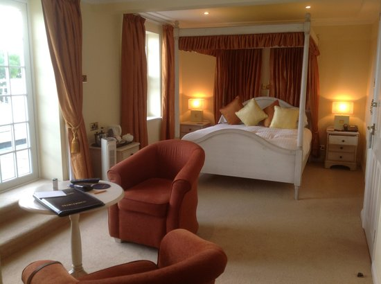 Blue Hayes Hotel: the master suite