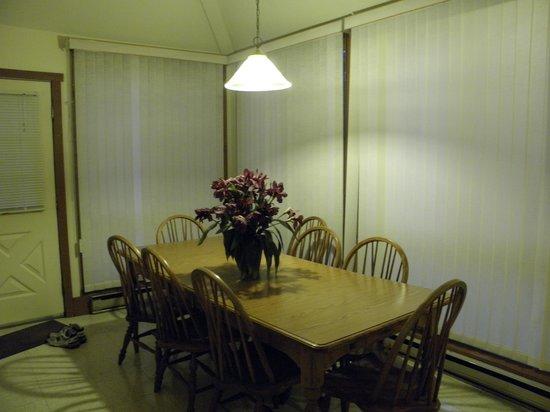Wyndham Shawnee Village Resort: kitchen of 48F