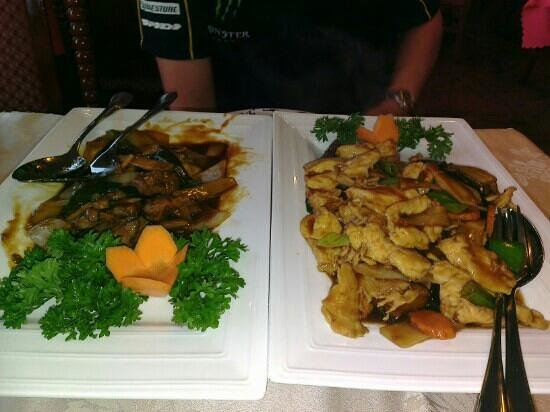Hui Feng: Beef and mushrooms and chicken and mushrooms