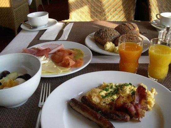 Best Western Premier Alsterkrug Hotel: Frühstück