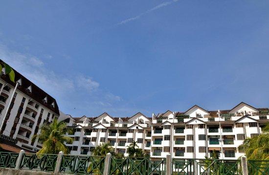 Bayu Beach Resort Port Dickson: View from the beach
