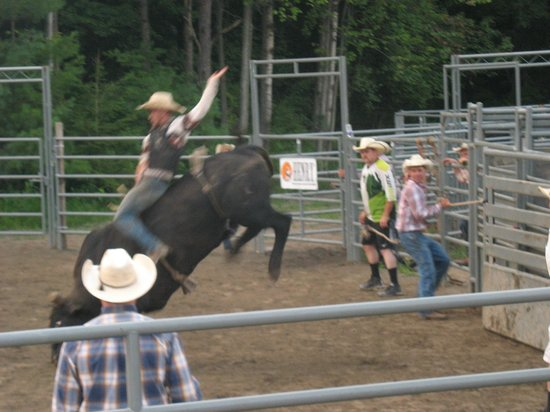 Pocono Mountains: Rodeo show