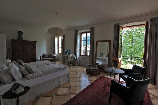 La Maison du Directeur : La suite du directeur; élégance, confort et espace