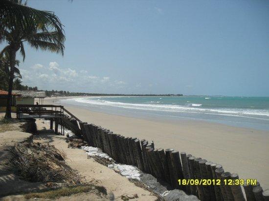 Pousada Brisas: Praia vista do restaurante da pousada