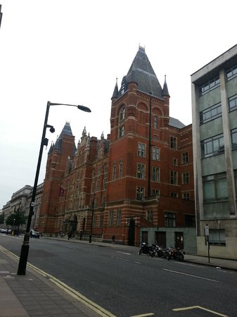 Imperial College Accommodation Prince's Gardens: Salida del Imperial COllege Acomodation