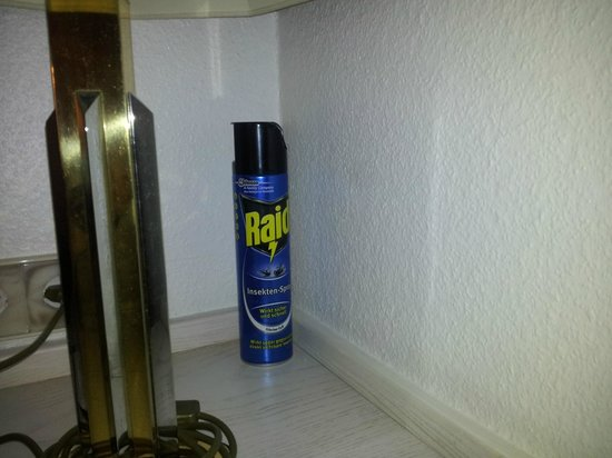 Seehotel: Insekt killer in every room