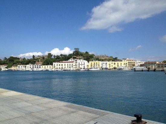 Hotel Villa Franca: Port area