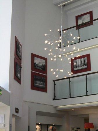 Doubletree by Hilton Cambridge City Centre : Lobby