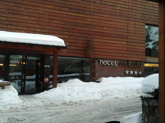 AJ Hotel & Spa: Entrada del Hotel