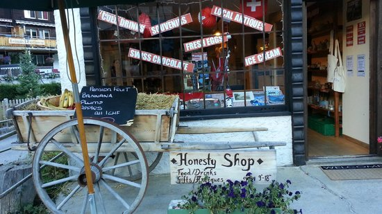 Pension Gimmelwald: Honesty Shop
