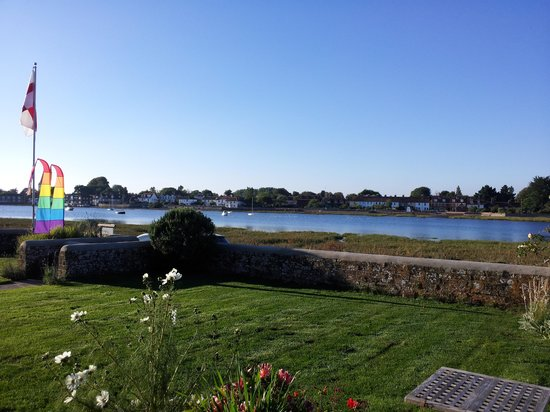 Benbow Bed & Breakfast : View from the garden and bedroom