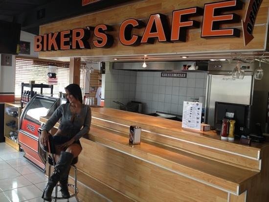 Bikers Cafe : barra del bikers café
