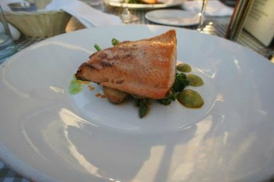Teahouse in Stanley Park : Pacific Salmon