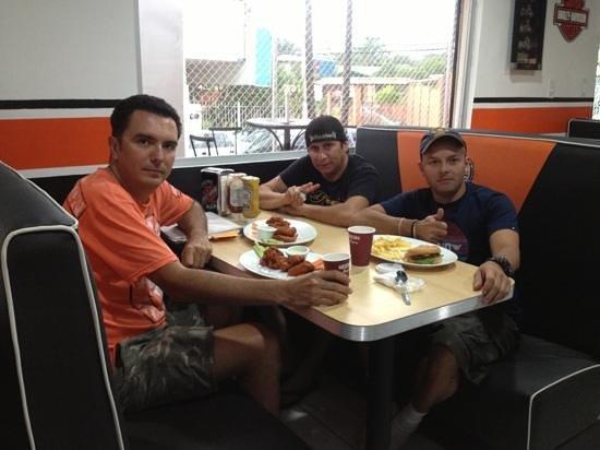 Bikers Cafe : amigos