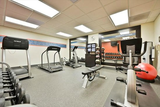 Hampton Inn & Suites Richmond: time to work out