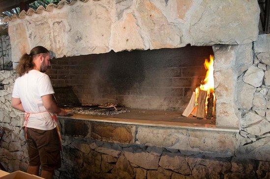Karako : One cooking area
