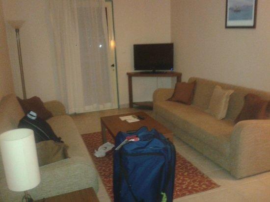 Siesta Beach Apartments: Our living room