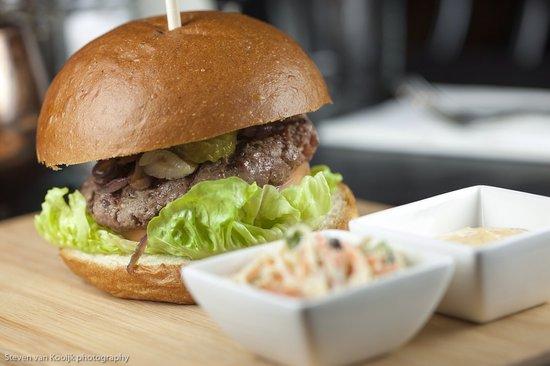 Brasserie Van Dam: Burger