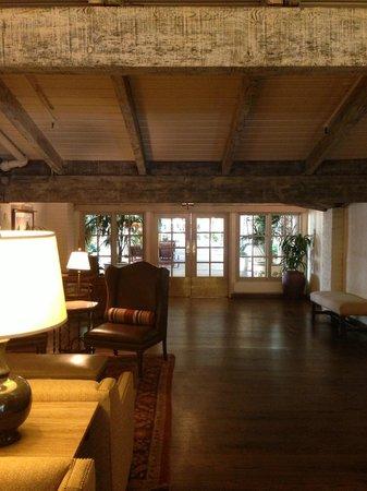 Rancho Bernardo Inn : View of inside near reception