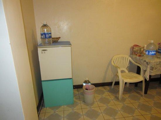Lehns Motel : Corner of Kitchen