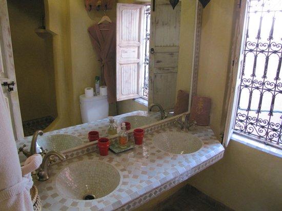 Riad Des Epices : Angolo di un bagno fantastico