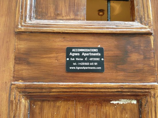 Agnes Apartments: Small Indication