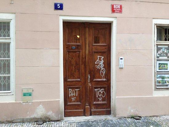 Agnes Apartments: Front Door