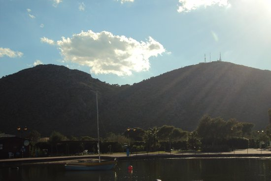 Club MAC Alcudia: view from the lake