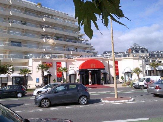 Mercure La Baule Majestic : Tiny casino nearby