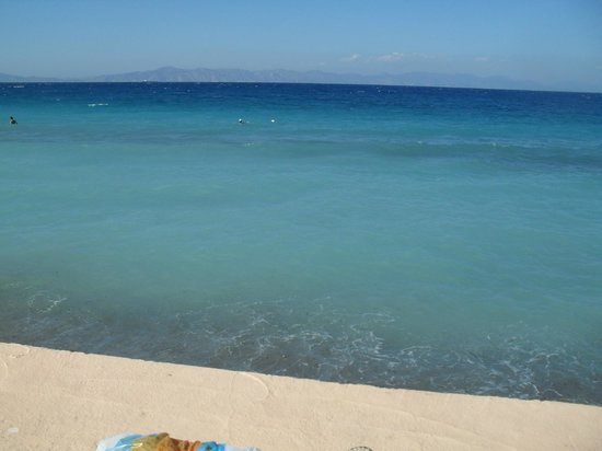 Avra Beach Resort Hotel - Bungalows : the view from the pool area