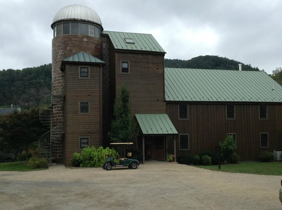 Fort Lewis Lodge: Rooms in the silo!