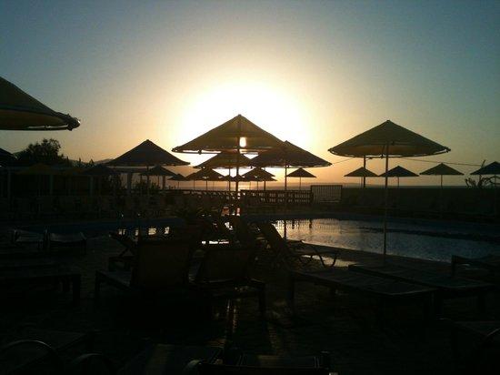 Smartline Vasia Village: Sunset
