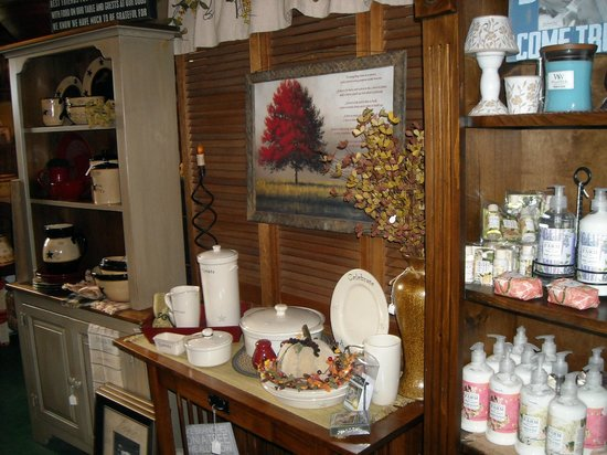 Home Decor Gift Items At Reakes Country Goods Picture Of Reakes