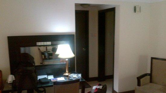 Al Nakheel Hotel Apartments: The view of the corridor