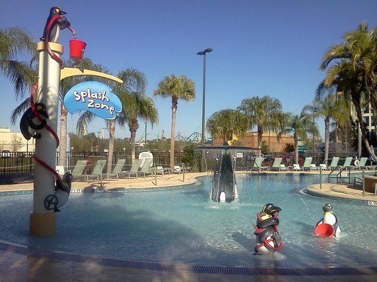 Fairfield Inn & Suites Orlando at SeaWorld: Kiddie pool