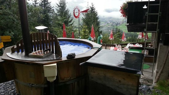 Berggasthaus Marmorbruch: Hot tub - from Bachelor Season 16, episode 9 - look it up!  Anita has bus card from the Field Mg