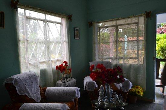 Villa Yohan: Living